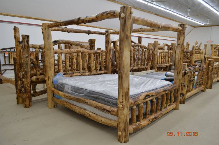 Aspen king Canopy Bed