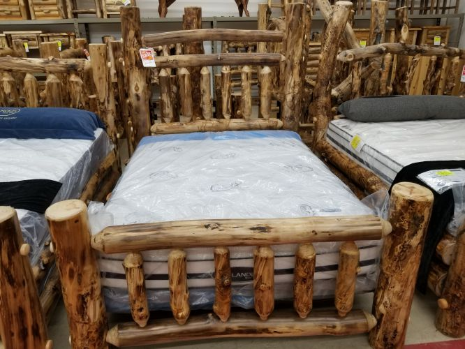 Aspen Grand Style Queen Bed